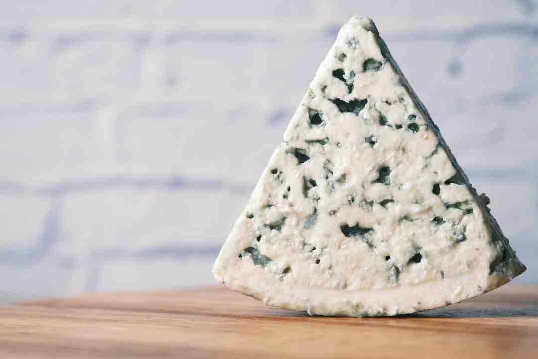 Comment savoir si un fromage bleu est périmé
