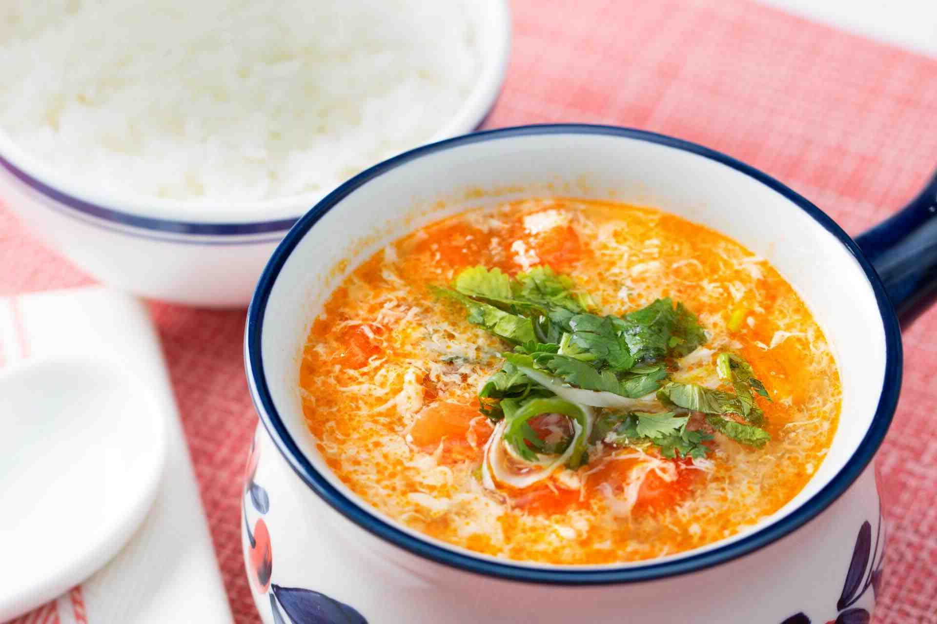 Comment faire une soupe à l'œuf (egg drop soup)
