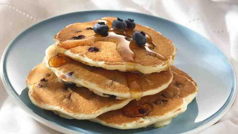 Comment préparer des pancakes aux myrtilles